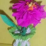 Цветочек из гофрированной бумаги