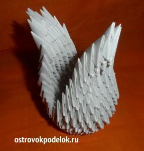 Белый лебедь в технике модульное оригами