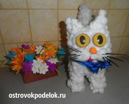 """Объемная поделка из ваты: """" Мартовский кот"""""""