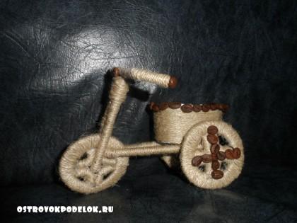 мастер класс: Велосипед из шпагата с бисерными веточками.