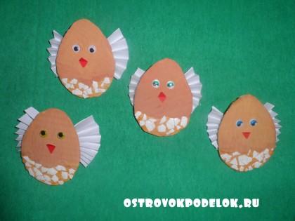 Пасхальная курочка с цыплятами