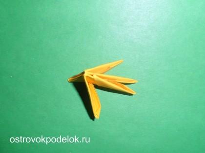 """"""" Цыпленок в скорлупе"""" модульное оригами"""