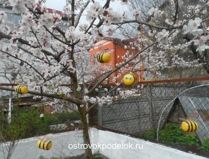 Пчелы для сада
