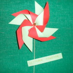 Конкурсная работа: вертушка из бумаги