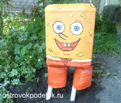 Спанч Боб из пластмассовых бутылок