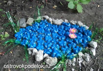 Озеро из пластмассовых бутылок