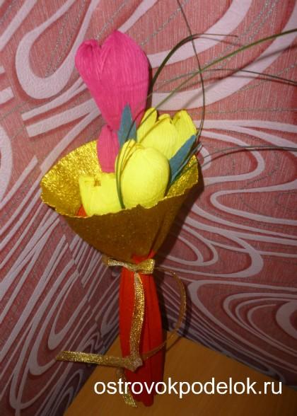 цветы из капрона и сладкие букеты